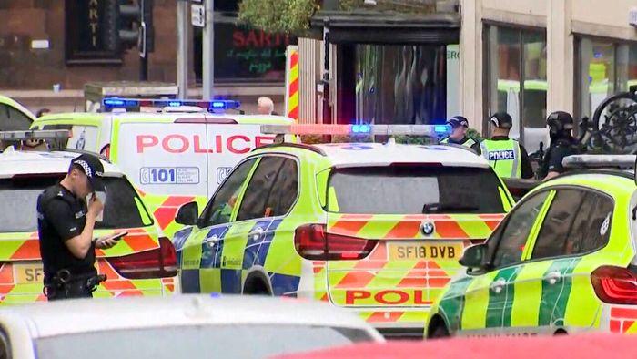 در حمله خونین اسکاتلند هیچ نیروی پلیس کشته نشد/ببینید