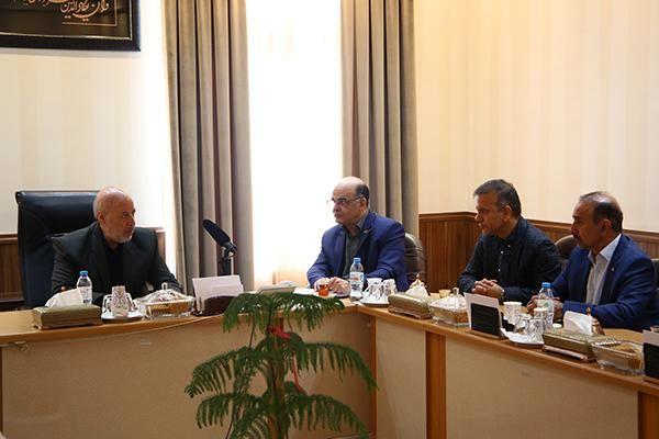 فولادمبارکه اصفهان افتخار کشور است/ رضایت بازنشستگان فولاد باید جلب شود