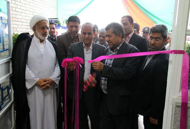 دو مدرسه 6 کلاسه بنیاد برکت در کهنوج افتتاح شد
