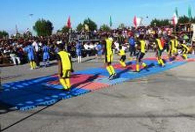 برگزاری همایش بزرگ پیاده روی خانواده در شهرستان میناب