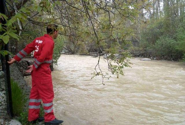 خطرناک بودن نزدیک شدن به رودخانه کرج