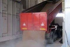 تخلیه گندم خارجی در سیلوی غدیر زنجان