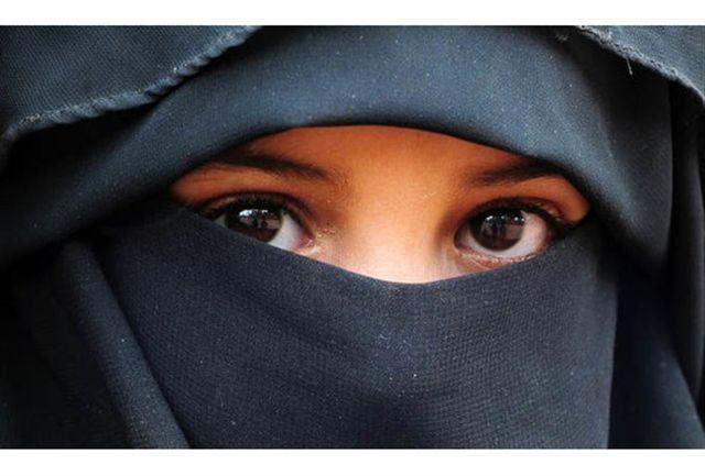 تصویب طرح ممنوعیت استفاده از حجاب در مدارس فرانسه