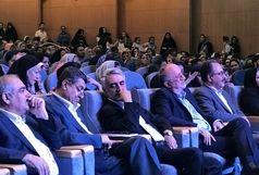 استقبال از جشنواره پوشاک اقوام و حمایت از کالای ایرانی قابل توجه است