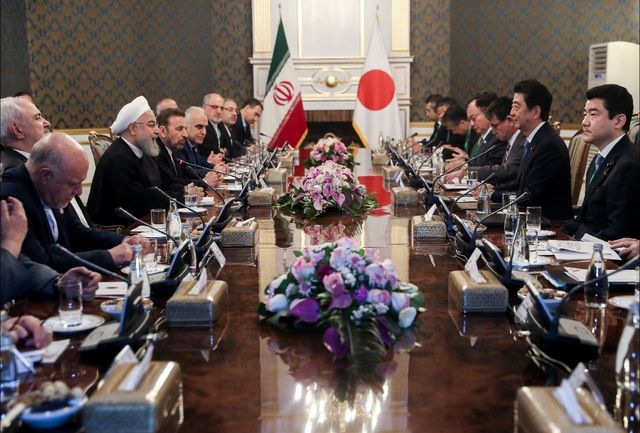 استقبال روحانی از سرمایهگذاری ژاپن در جنوب ایران/قدردانی «آبه» از ایران بخاطر پایبندی به برجام