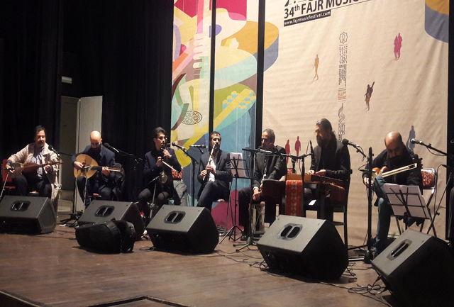 گروه همایون پرنیا در تالار ایوان شمس به روی صحنه رفت