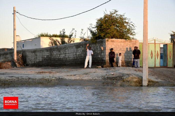 تیپ ۳۸۸ نزاجا به منطقه سیل زده کنارک و چابهار اعزام شد