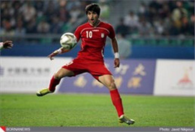 کریم انصاری فر فردا در باشگاه استقلال تهران