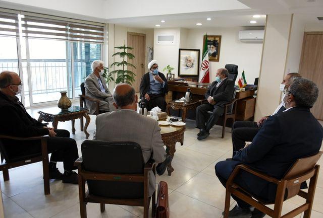 دیدار رئیس مجمع نمایندگان استان اصفهان با مدیرکل فرهنگ و ارشاد اسلامی استان