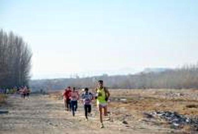 مسابقات جایزه بزرگ دوی صحرانوردی در سمنان برگزار میشود