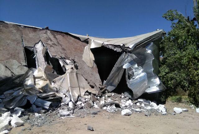 پنج واحد تجاری - مسکونی غیر مجاز در نواحی منفصل شهری سنندج تخریب شد
