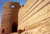 10 قلعه معروف در ایران