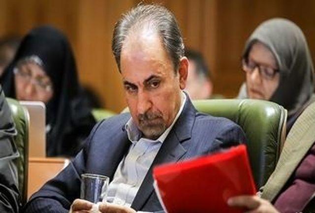 بالشت سفید روی میز دادگاه محمد علی نجفی