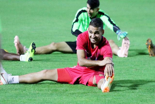 تمرین پرسپولیسی ها در دبی با حضور هواداران/تاکید برانکو بر فوتبال هدفمند