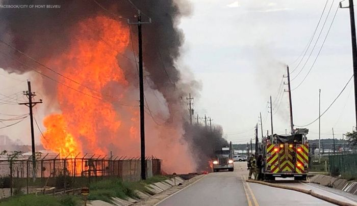 وقوع انفجار در یک تأسیسات گازی در تگزاس آمریکا