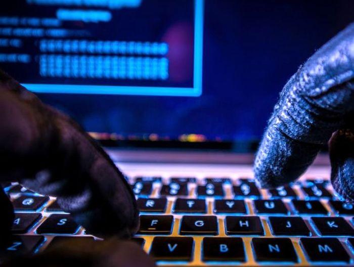 سرقت اینترنتی حساب بانکی کاربران