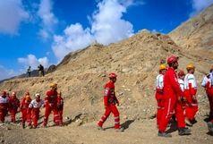 نجات فرد گمشده توسط امدادگران هلال احمر در فنوج