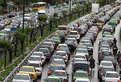 بارش باران موجب کندی حرکت در معابر تهران شد
