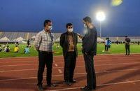 پاسخی به یک شایعه: پروژکتورهای ورزشگاه امام خمینی (ره) اراک جمع آوری نشده است/ عکس ها قدیمی است