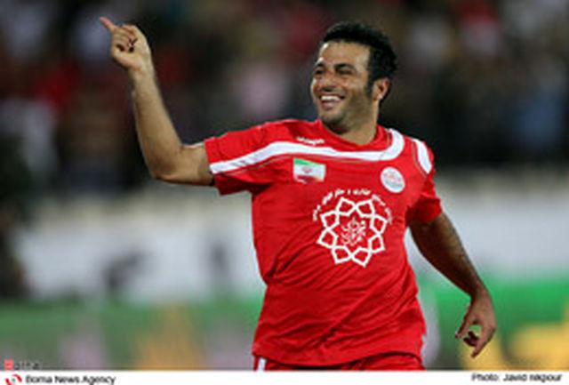 رضایی: پیراهن شماره 10 قابل اولادی را ندارد/رفاقتها مهمتر است