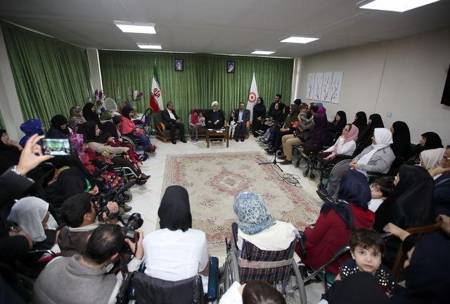 حضور صمیمی رییس جمهوری در مجتمع خدمات بهزیستی و توانبخشی شهدای هفتم تیر