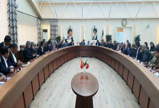 دیدار سفیر جدید ترکیه در ایران با فعالان اقتصادی آذربایجان غربی