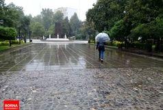 بارش شدید باران در 13 استان/جادهها لغزنده است