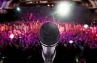 خواننده ایی که از خیابان ها آمد و معروف شد/ببینید