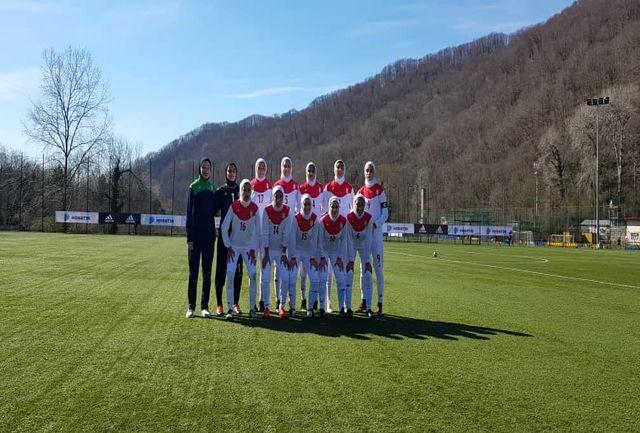 برگزاری وبینار آموزشی برای مربیان تیم های فوتبال بانوان با حضور دبیرکل