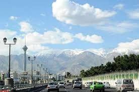 هوای تهران در حوالی ظهر آلوده میشود