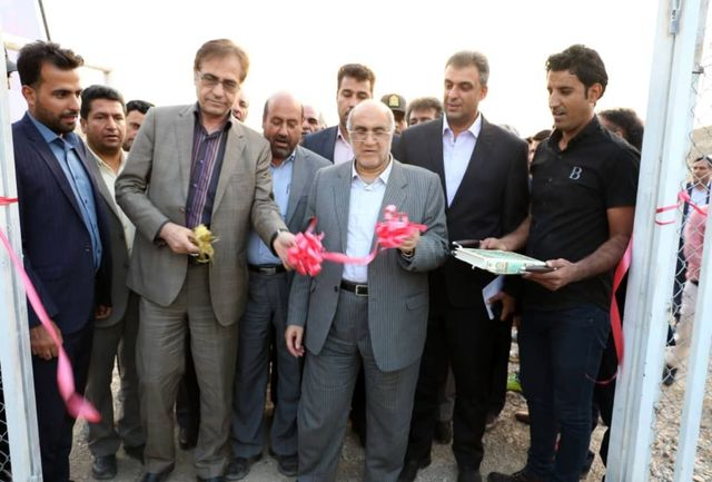 چمن مصنوعی روستای خبر بافت افتتاح شد