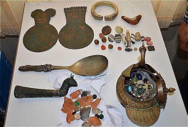 کشف بیش از 100 قلم اشیاء عتیقه هزاره قبل از میلاد در رودبار