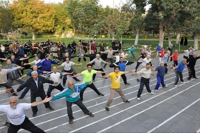 فعالیت ایستگاه های ورزش صبحگاهی  در اراک از سرگرفته شد