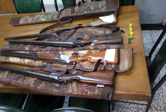 کشف ۵ قبضه تفنگ شکاری