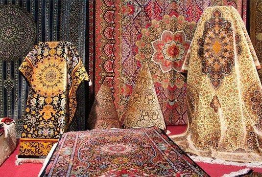 بیشتر طراحان و بافندگان فرش به ترکیه رفتند/ صهیونیستها در آمریکا برای بازار فرش ایران موانع ایجاد کردند