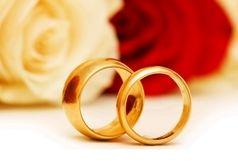 سالگرد ازدواج بازیگر خانم و آقای تهیه کننده در فرانکفورت/ ببینید