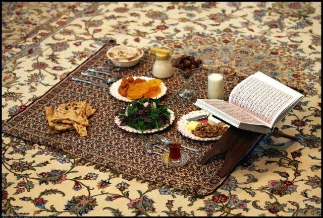 افطاری دادن از بیتالمال ممنوع