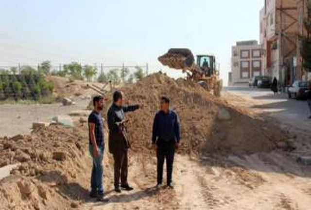 شروع عملیات تعریض و زیرسازی خیابان صاحب الزمان (عج) روستای قمصر