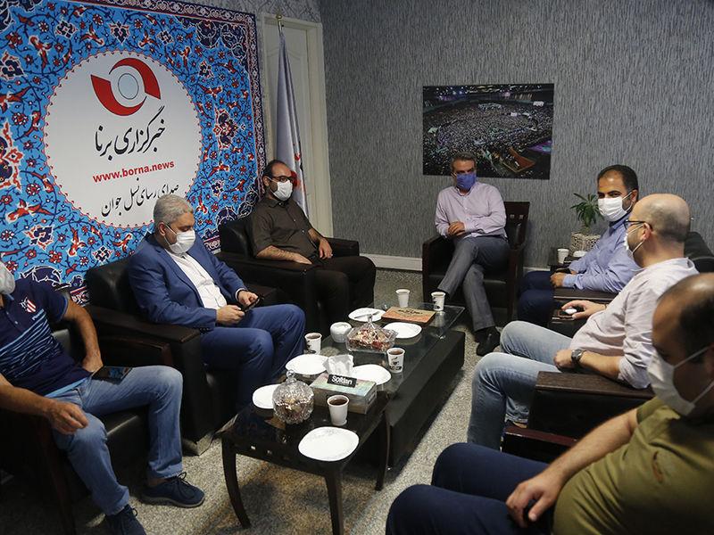 حضور اعضای باشگاه استقلال در خبرگزاری برنا بمناسبت روز خبرنگار