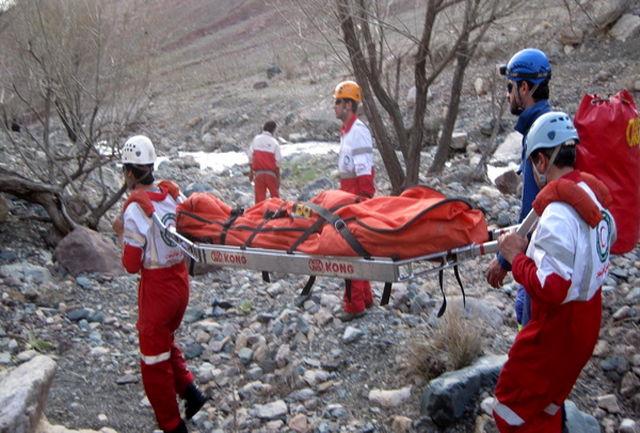 12 ساعت عملیات سخت و طاقت فرسا برای نجات یک کوهنورد