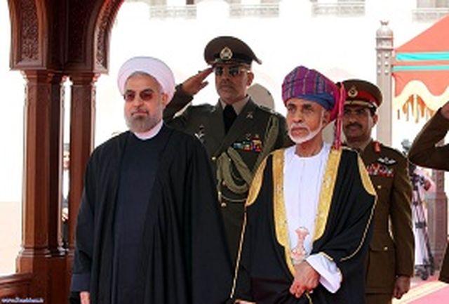 استقبال رسمی سلطان قابوس از رییس جمهوری