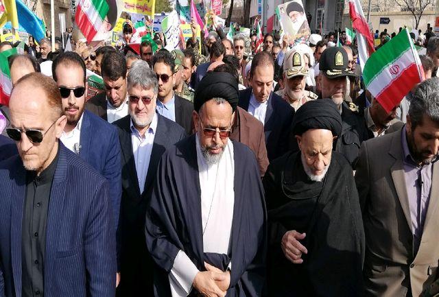 حضور وزیر اطلاعات در خیل مردم خراسان جنوبی