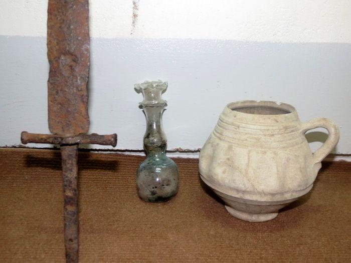 کشف عتیقه های هزار ساله در کلاله