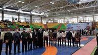 مسابقات کشتی نونهالان کشور به مناسبت یادواره 6300 شهید لرستان برگزار شد / هدف از این میزبانی ها توسعه ورزش استان در رده پایه است