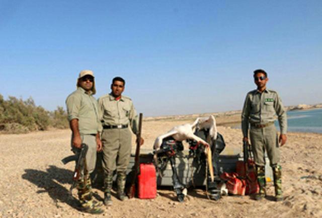 دستگیری شکارچیان غیر مجاز پلیکان در سیستان و بلوچستان