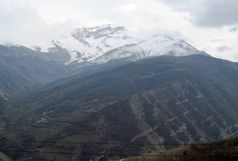 سقوط یک کوهنورد به دره در ارتفاعات اشکورات