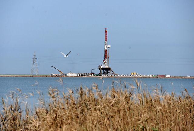 وزیر نفت قرارداد توسعه میدان نفتی آزادگان جنوبی را امضا کرد