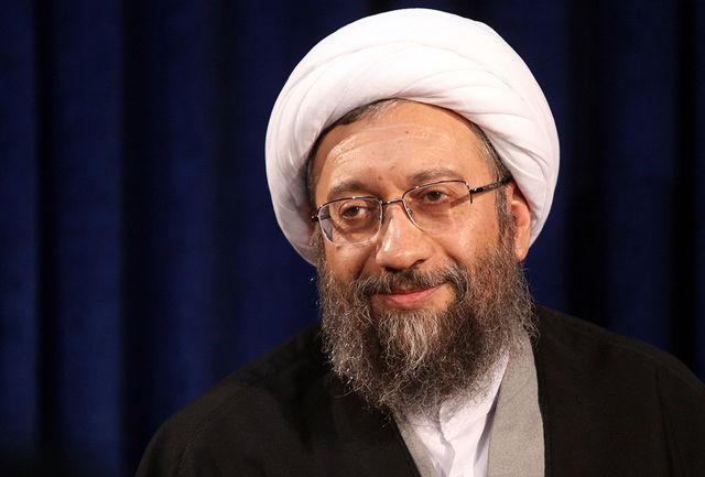 پیام تسلیت آیت الله آملی لاریجانی به مناسبت درگذشت آیتالله سیدمحمد حسینی کاشانی
