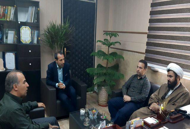نشست صمیمی بخشدار و امام جمعه بخش قلعه نو
