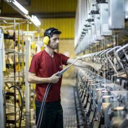 صدور مجوز راه اندازی 1266 واحد صنعتی در استان سمنان طی شش ماه گذشته